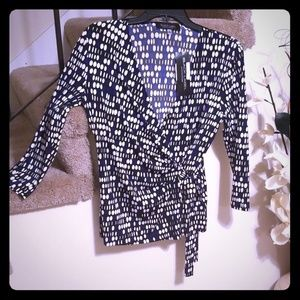 Black Label blue, black, and white wrap top Size S